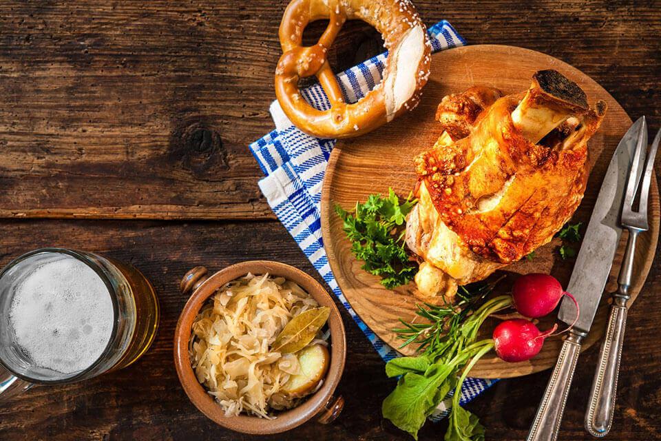 Zwyczaje Kulinarne I Popularne Niemieckie Dania